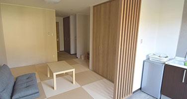 【和室】客室内ミニキッチンとバストイレ付の画像